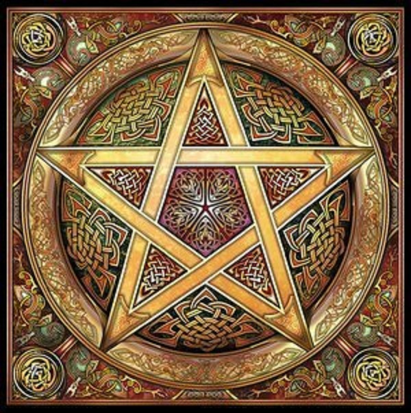 Golden_Knotwork_Pentacle